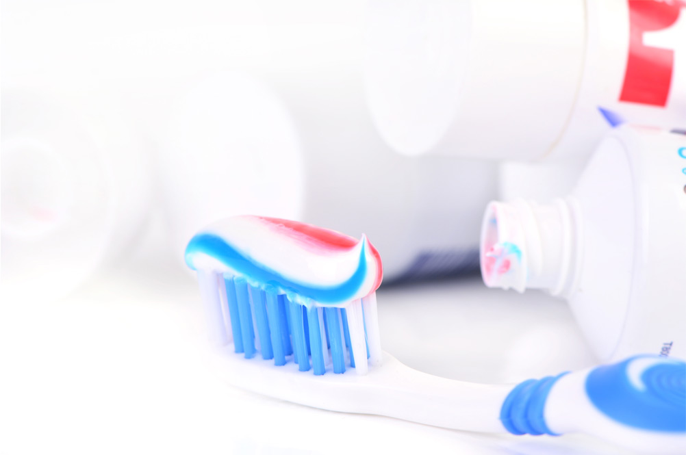 dentifrice trois couleurs